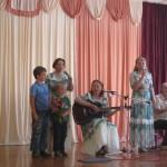 17. Яблонька поёт с детьми