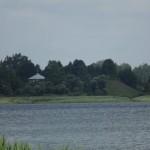 23. Вид на монастырский холм с противоположного берега Вымнянского озера