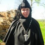 Настоятельница монастыря, монахиня Илария.