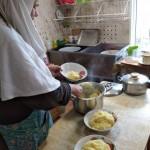 4. на кухне